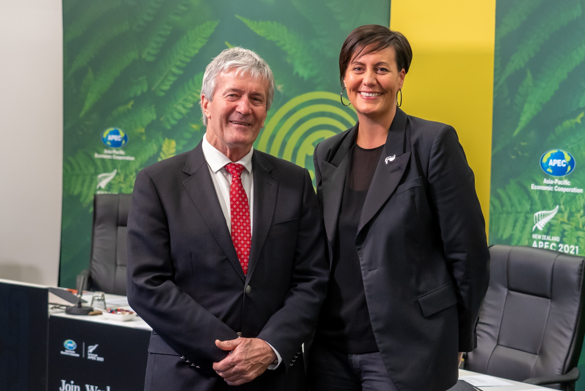 Rachel Taulelei and Trade Minister Damien O'Connor